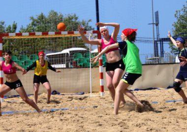 Пляжный гандбол в Анапе